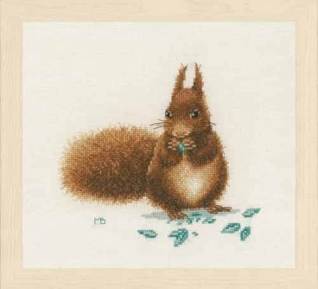 Lanarte Cross Stitch Kit - Squirrel