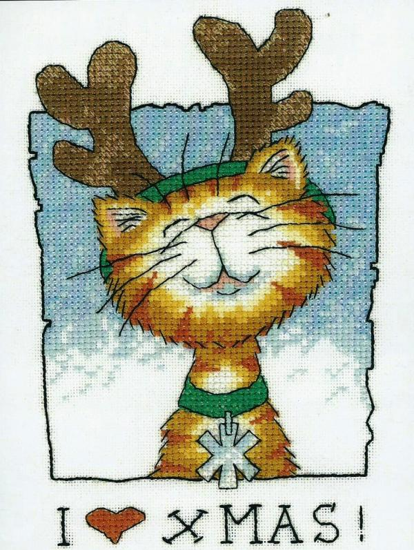 Heritage Crafts Cross Stitch Kit - Cats Rule, I Love Christmas