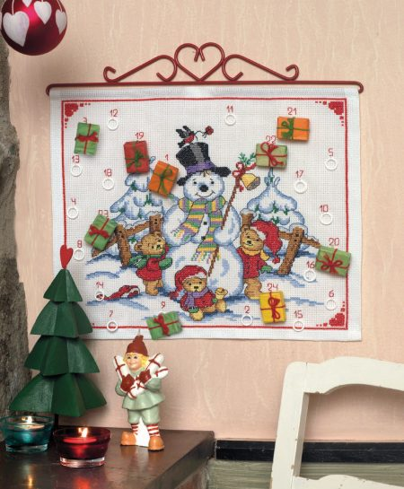 Anchor Cross Stitch Kit - Snowman and Bears Advent Calendar
