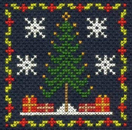 DMC Mini Cross Stitch Kit - Festive Christmas - Christmas Tree