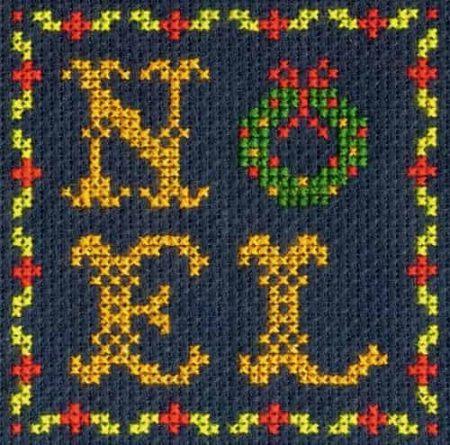 DMC Mini Cross Stitch Kit - Festive Christmas - Noel Wreath