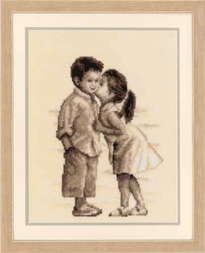 Vervaco Cross Stitch Kit - Kiss at the Beach, Boy, Girl