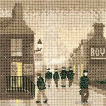 Heritage Crafts Cross Stitch Kit - Silhouettes, Late Shift