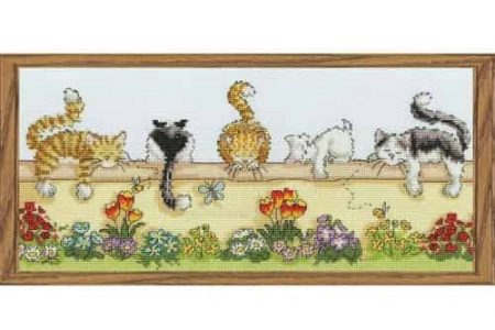 Bothy Threads Cross Stitch Kit - Lazy Cats XGR1