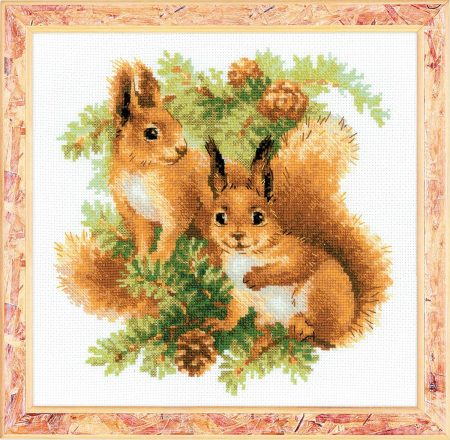 Riolis Cross Stitch Kit - Squirrels 1491