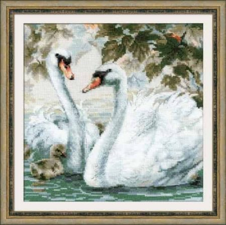 Riolis Cross Stitch Kit - Swans & Cygnets 1726